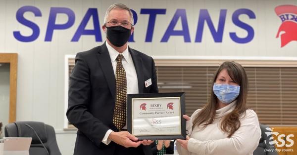 ESS Account Manager Kristen Litteer receives Community Partner Award